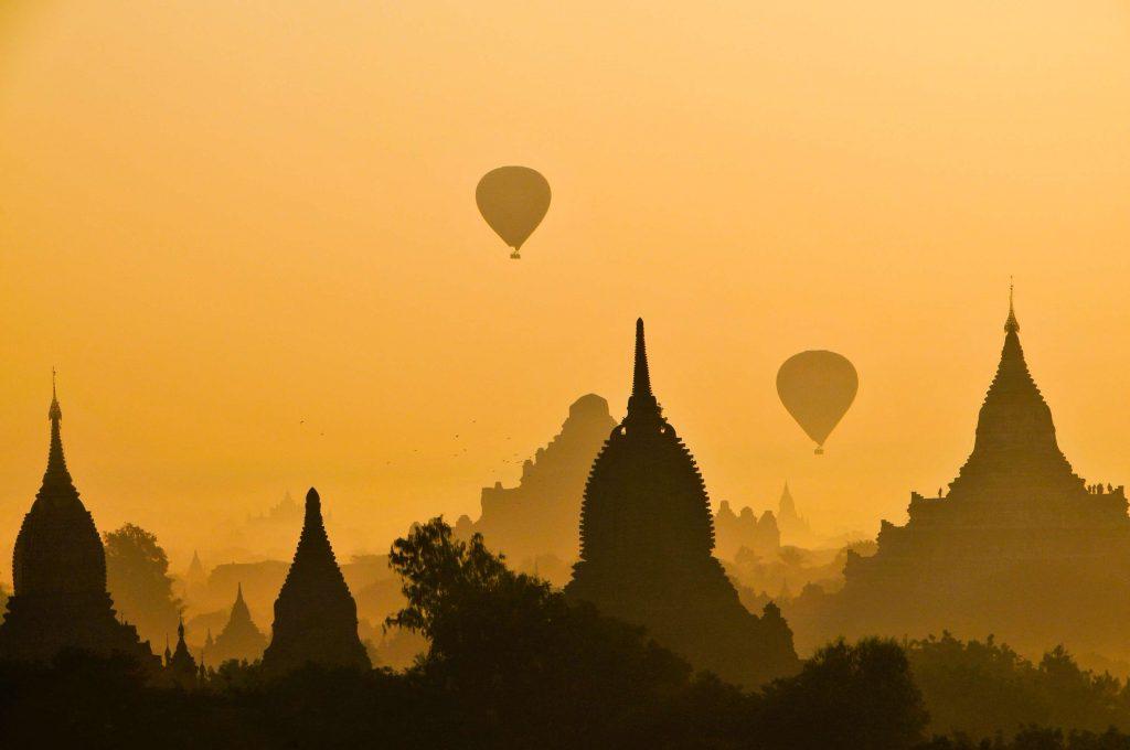dusk-baloons