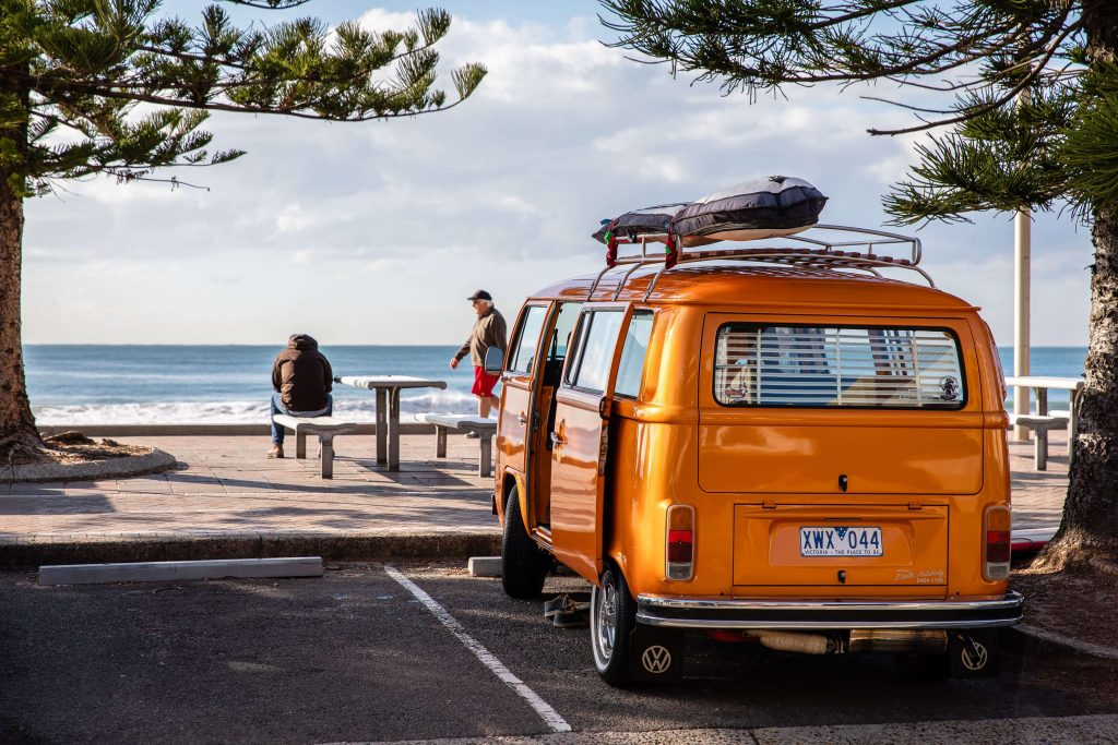 park-orange-van